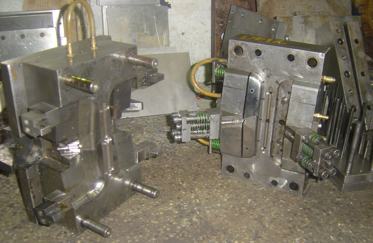 Tools & Molding